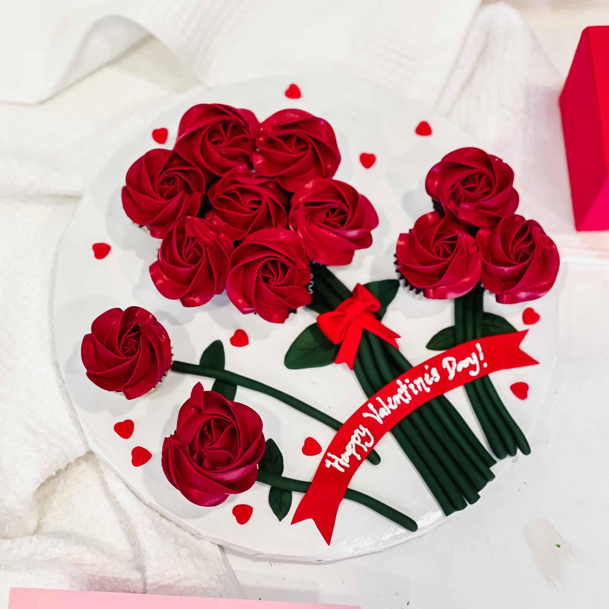 Floral Mini Cupcake Bouquet (12s)