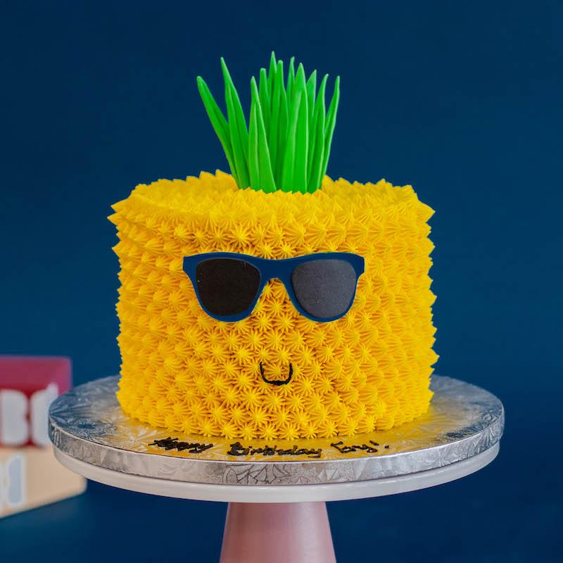 3D Smiling Pineapple Themed Cake