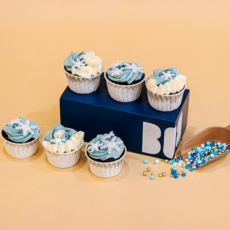 Winter Wonderland Cupcakes (Dozen)